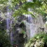 オスロブの隠れた滝、Tumalog falls